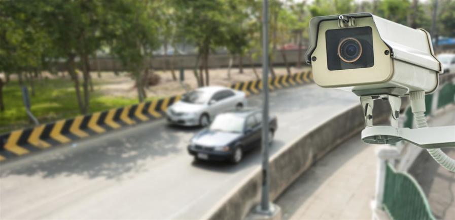 cámara de vigilancia del tráfico