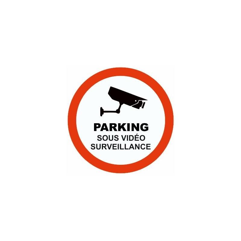 etiqueta de estacionamiento bajo vigilancia por video