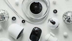 varias cámaras de circuito cerrado de televisión